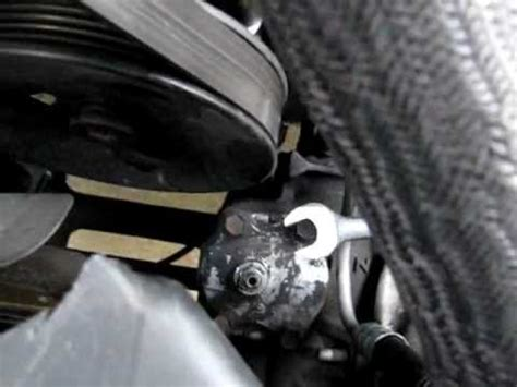 How to adjust a ZJ steering box (briefly) - YouTube