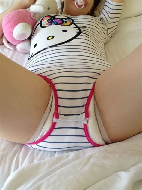 i like this onesie i wish i cud find one at target
